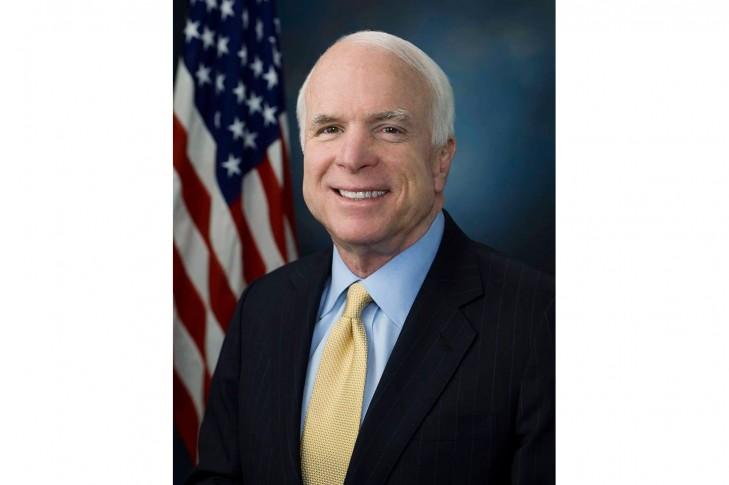 Перейменувати вулицю Івана Кудрі у місті Києві на честь сенатора США Джона Маккейна