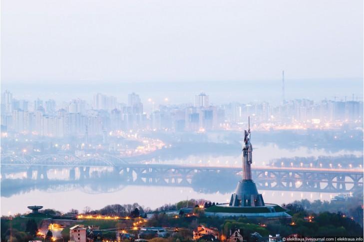 Зробити гарний відеоролик Києва для популярності міста Киева, поповнення бюджету із залученням висококласного українського фахівця